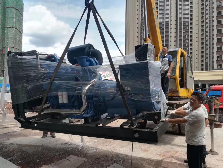 福湘公司-玉柴动力、熊猫绿能动力配套广州道依茨发电机送达用户现场