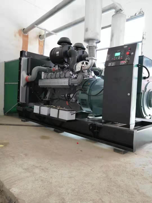 福湘公司威曼动力配套广州道依茨发电机,安装现场